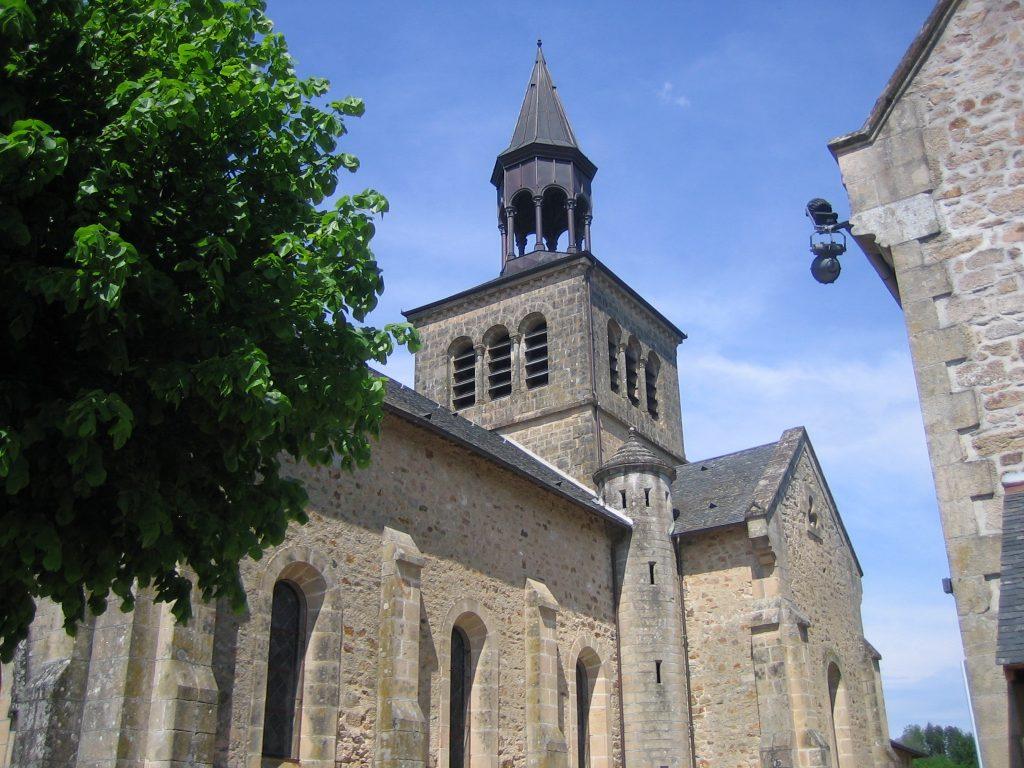 église contre plongée de Bar Corrèze