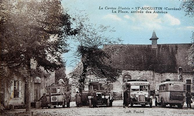 La Place, arrivée des Autobus