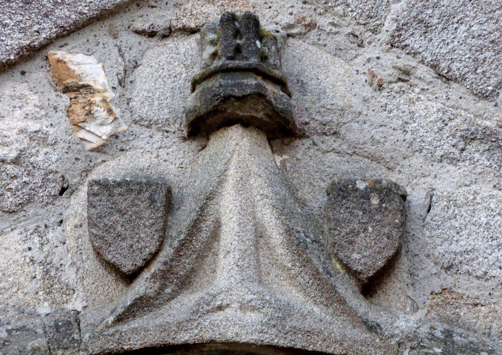 détail portail église de Saint-Augustin